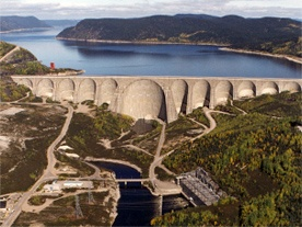 Barrage hydroélectrique Manic-5 (crédit : Hydro-Québec )
